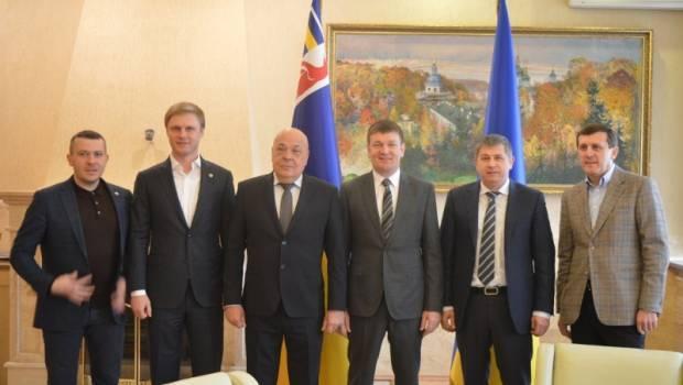 Народні депутати від Закарпаття підтримують ухвалений Закон про збереження українських лісів