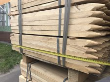 На митному посту Луцьк припинили спробу контрабанди з України рідкісної породи деревини — акації