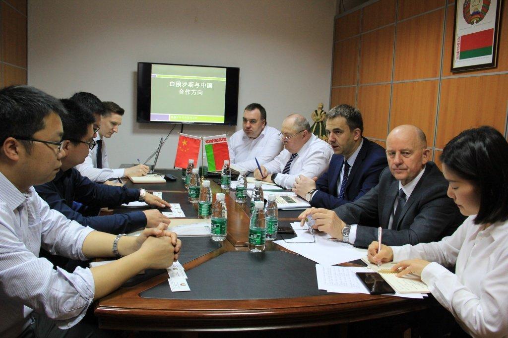 РБ: О визите заместителя Министра лесного хозяйства Владимира Креча в Китайскую Народную Республику
