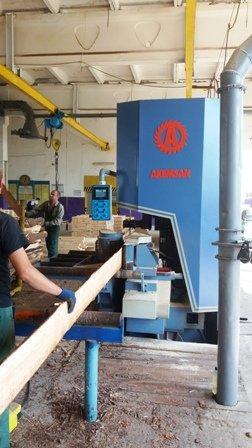 Деревообробні підрозділи лісогосподарських підприємств Львівщини виготовили продукції майже на 210 млн грн