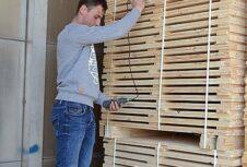 В минулому році держлісгоспи Житомирщини реалізували 225 тисяч кубічних метрів пиломатеріалів та виробів з деревини