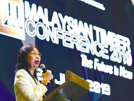 Экспорт древесины Малайзии за первые пять месяцев 2019 года составил 2,21 млрд. USD