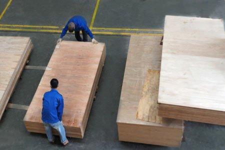 Вьетнам подозревает Китай в недавнем росте экспорта фанеры