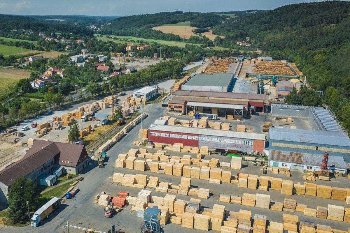 Работы по переоборудованию начаты на лесопильном заводе хвойных пород Javorice