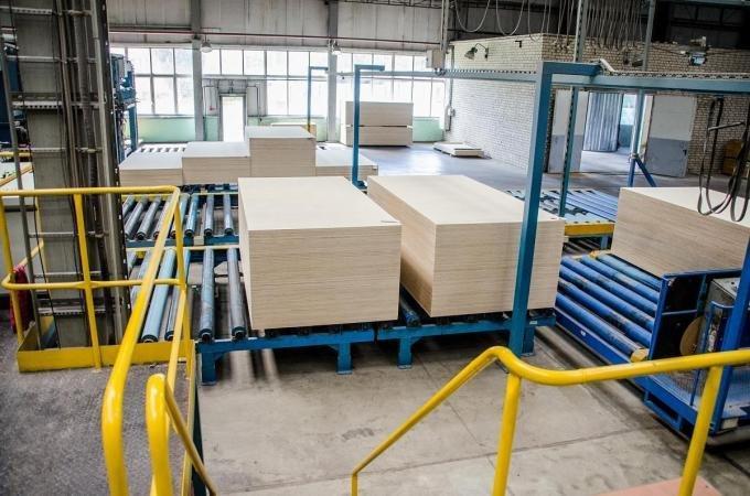 Российский экспорт березовой фанеры все еще высокий