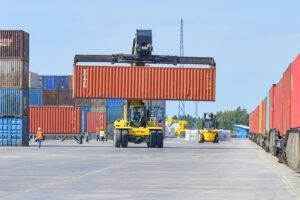 Немецкая торговля лесоматериалами переживает значительный спад