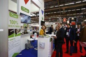 Компания «Свеза» представила свою продукцию на международной выставке BATIMAT