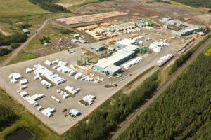 Canfor сокращает производство на 58 млн. кубических футов