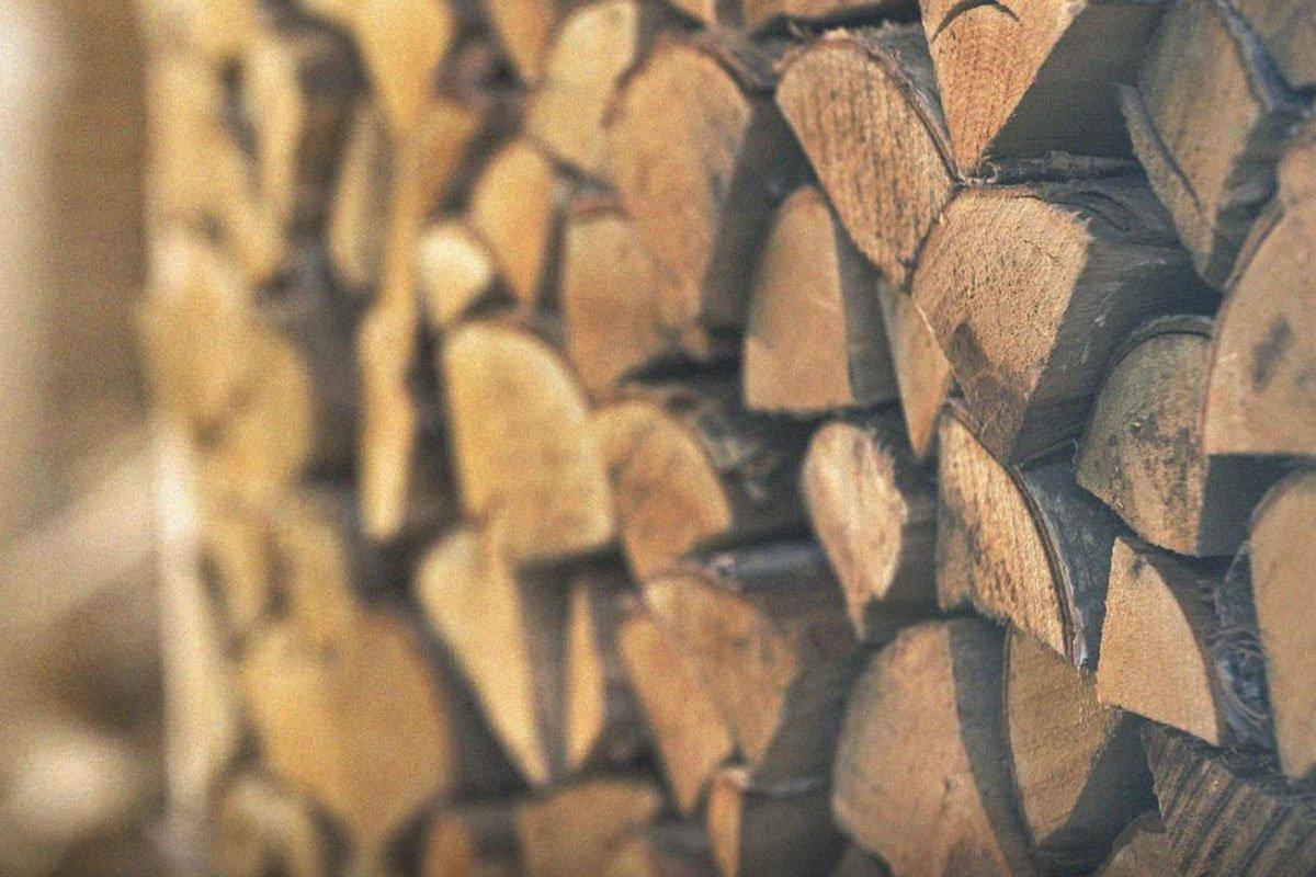 Продажи дров в России продолжают расти
