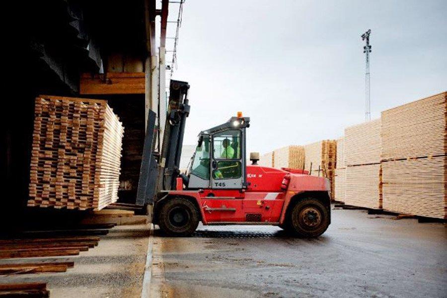 Латвия: снижение экспорта пиломатериалов в Великобританию