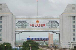 Российские перевозки в Китай приостановлены с 31 января