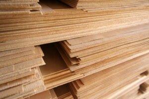 В Латвии строят китайский фанерный завод