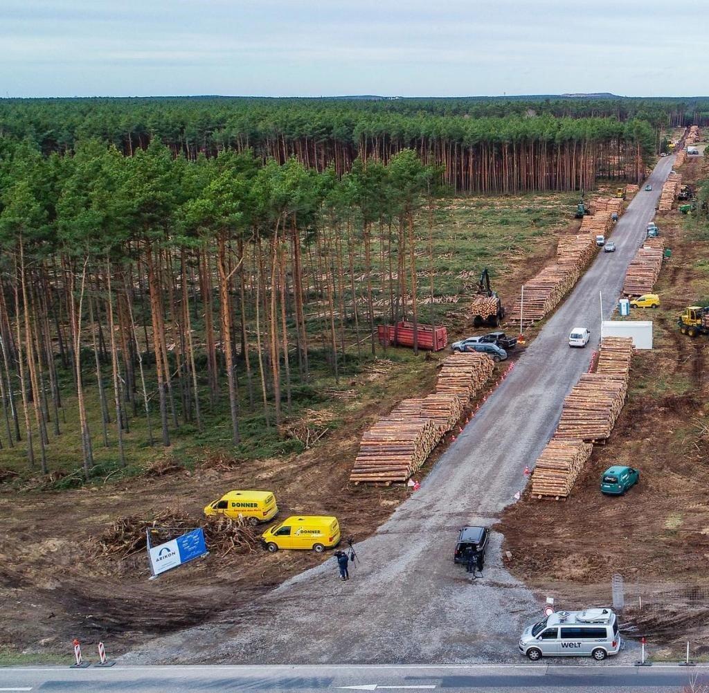 You are currently viewing Смогут ли экологи затормозить строительство завода Tesla в Германии?