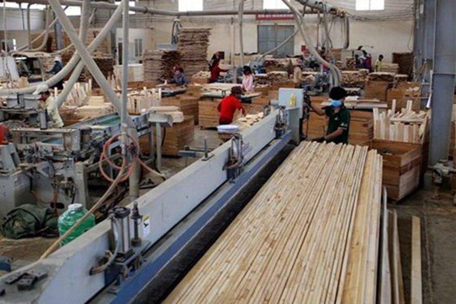Read more about the article Основные экспортные рынки для изделий из древесины Вьетнама закрыты; экспорт может рухнуть