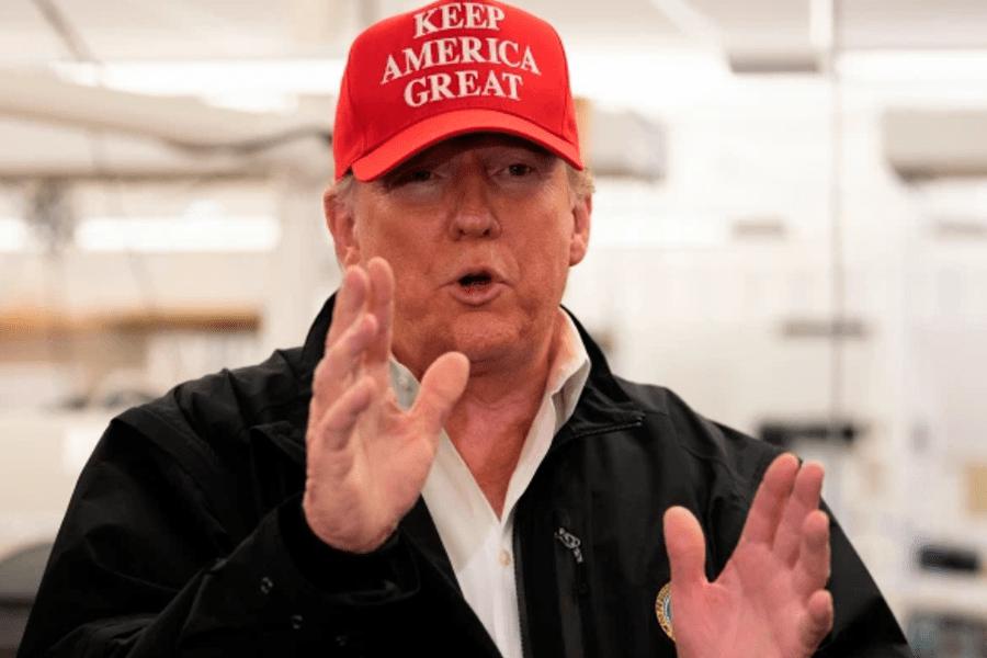 Трамп обвиняет «фейковые новости», битву цен на нефть в разгроме фондового рынка
