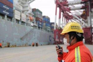 Коронавирус: китайский импорт бревен, пиломатериалов, целлюлозы и щепы в январе-феврале 2020