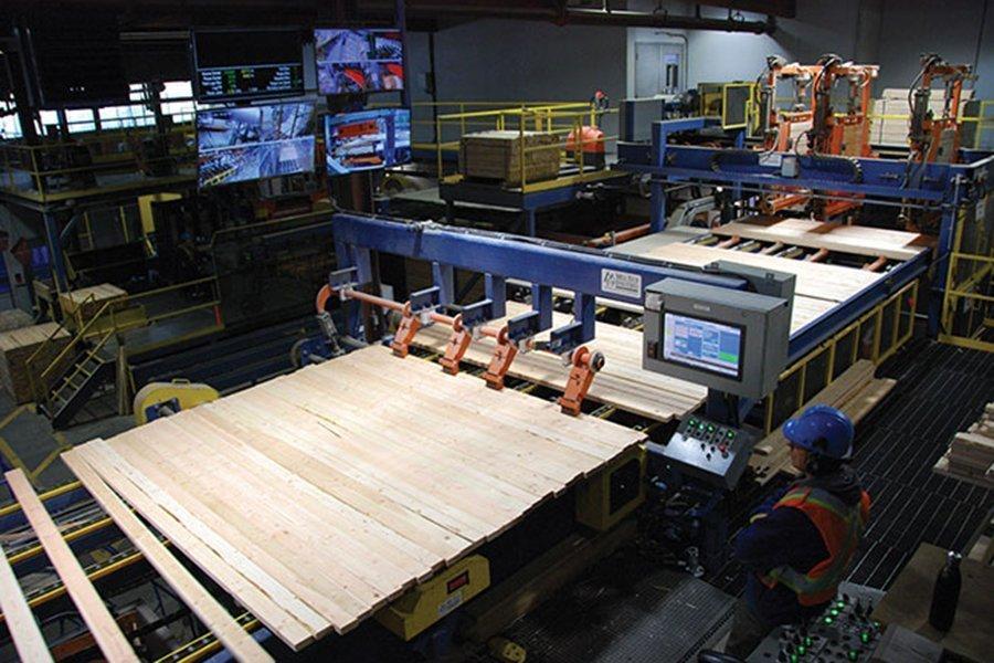 В феврале 2020 г. коэффициент загрузки производственных мощностей в деревообработке Канады составил 77,6%