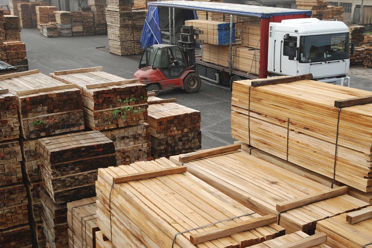 В январе-феврале 2020 г. Россия сократила экспорт пиломатериалов на 5,2%