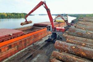 Для предприятий Segezha Group в Карелии открылась навигация