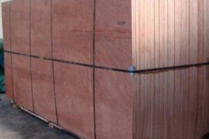 Китай: экспорт фанеры, деревянной мебели снизился более чем на 80% в первом квартале 2020 года