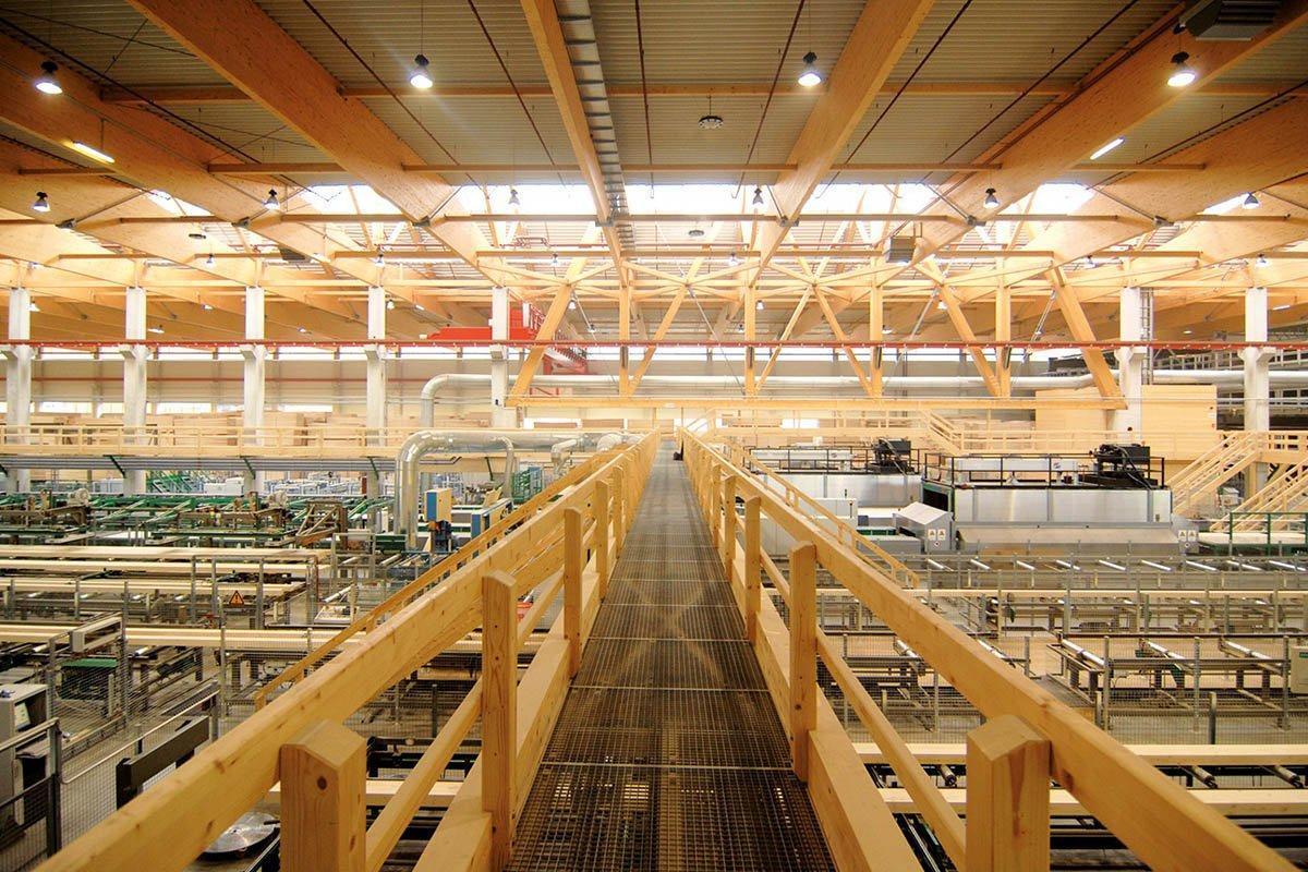 You are currently viewing Hasslacher Preding вновь открывает лесопильный завод после модернизации
