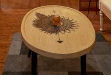 Мебель из тсуги Британской Колумбии вызвала большой интерес в Индии