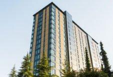 Британская Колумбия надеется осуществить строительство массивных деревянных зданий по всей провинции