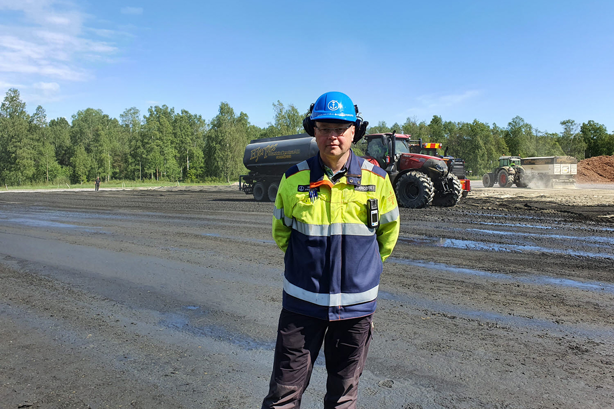 You are currently viewing Holmen внедряет технологию укладки экологически чистых твердых покрытий на площадках своих предприятий в Швеции