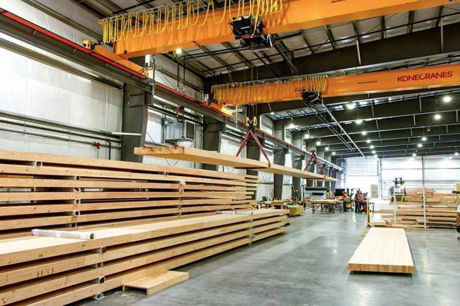 Обновленный сайт Kalesnikoff показывает лесопромышленное предприятие по производству массивных лесоматериалов