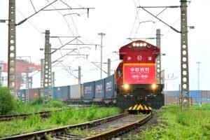 Read more about the article Грузовые поезда играют решающую роль в поддержании глобального восстановления
