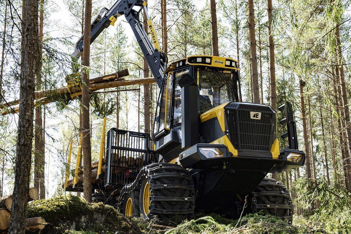 Strongco теперь предлагает харвестеры и форвардеры Eco Log