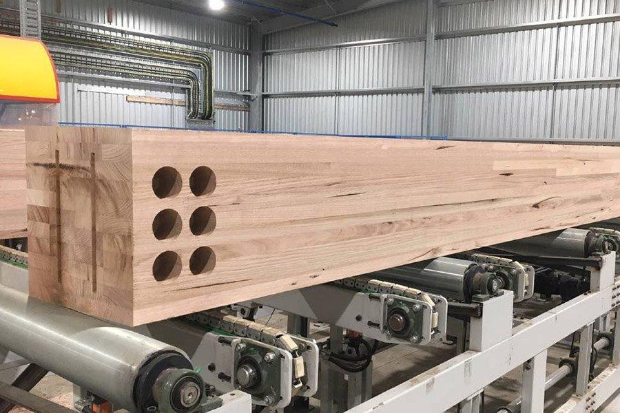 Уникальные изделия из древесины производятся на заводе Australian Sustainable Hardwoods в Хейфилде