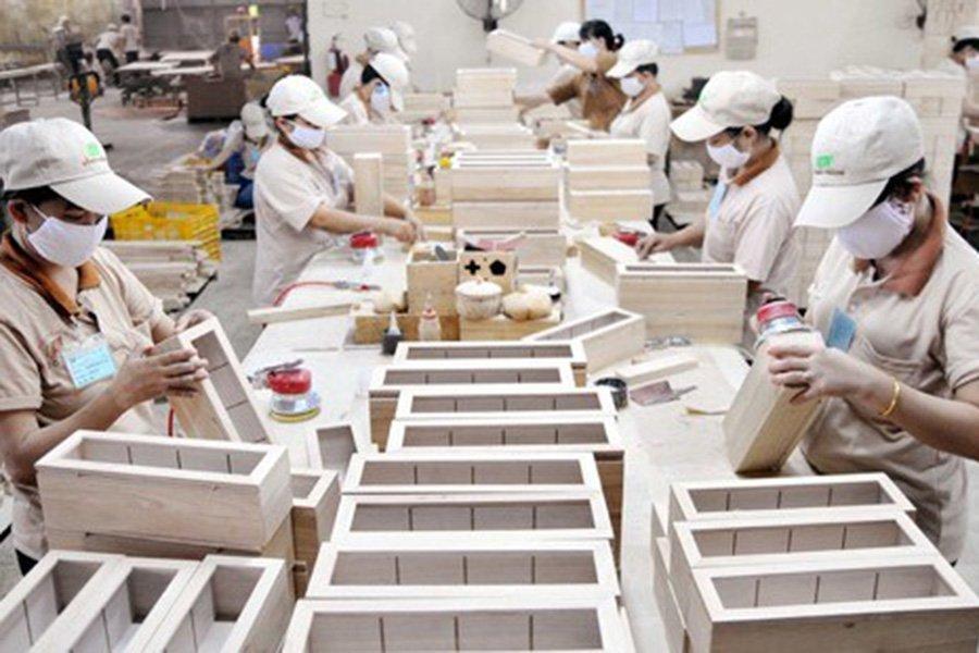 Экспорт древесины и изделий из дерева во Вьетнам вырос за 7 месяцев