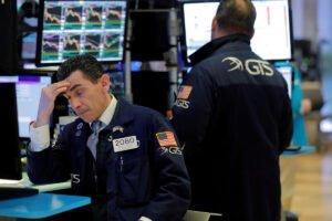 Колебания на рынке США сигнализируют о неопределенности
