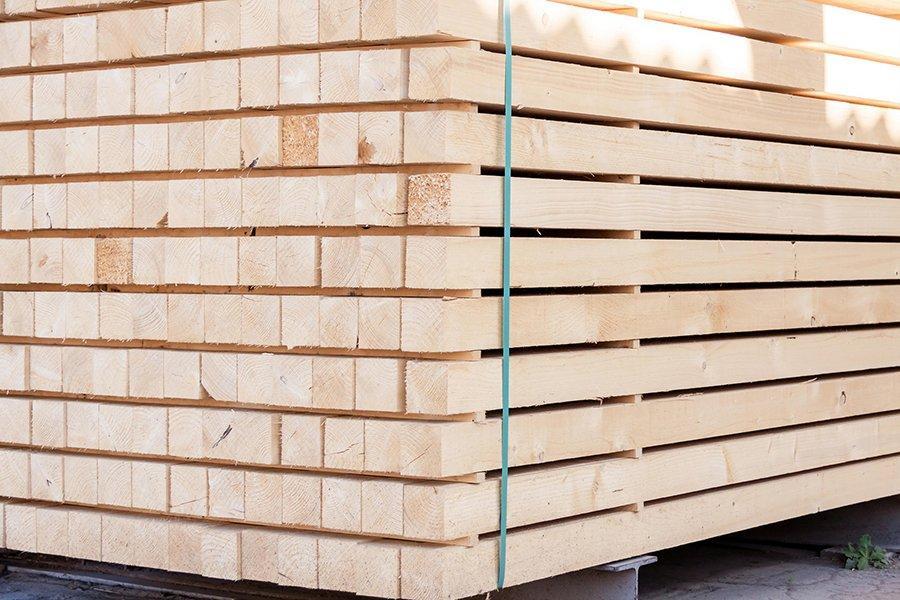 Латвийский экспорт пиломатериалов во втором квартале снизился на 16%