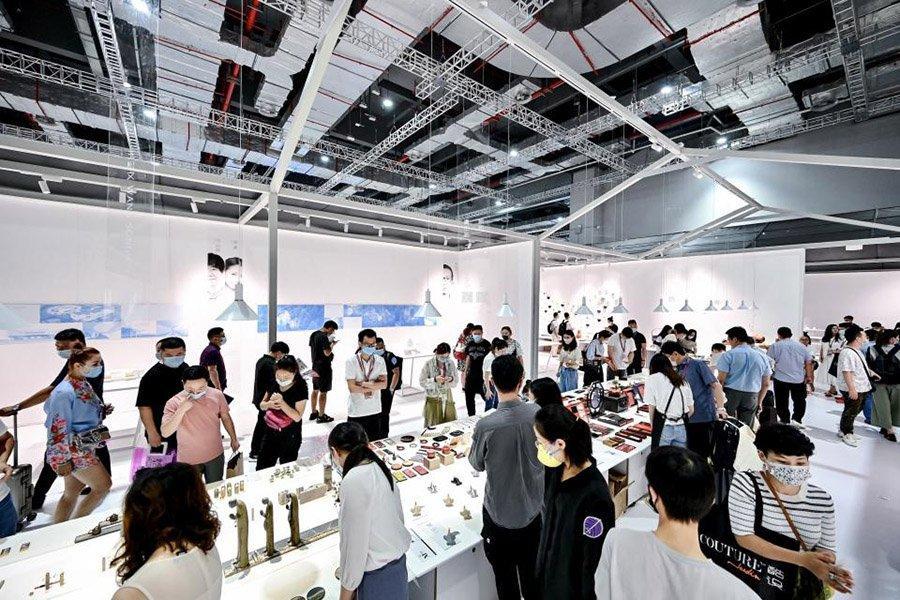 You are currently viewing Выставку мебели CIFF в Шанхае посетило 118 400 человек