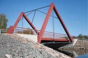 Мосты и гаражи из деревянных конструкций