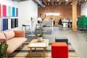 Kimball приобретает Poppin, производителя коммерческой мебели, ориентированного на цифровые технологии