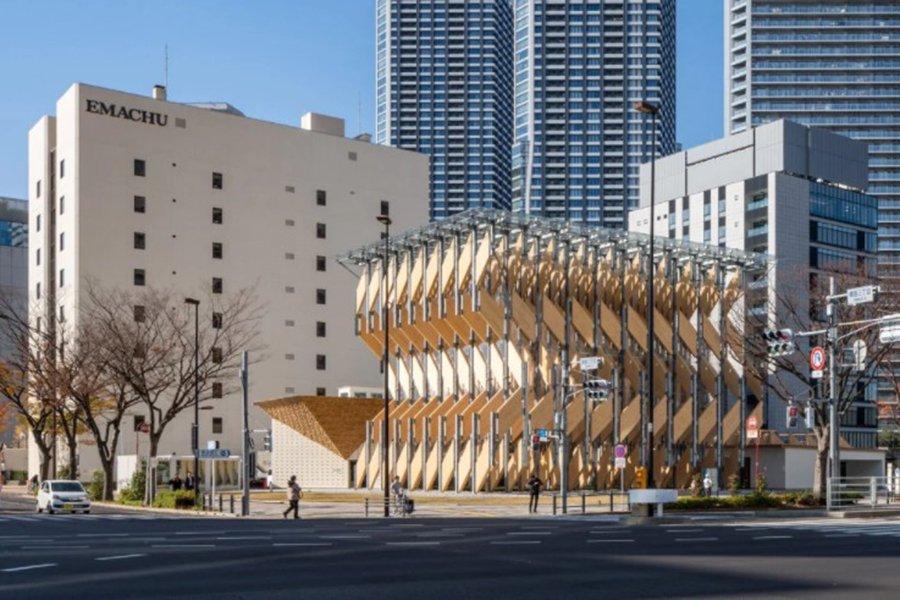 Kengo Kuma строит временный павильон в Японии из поперечно-клееных деревянных панелей