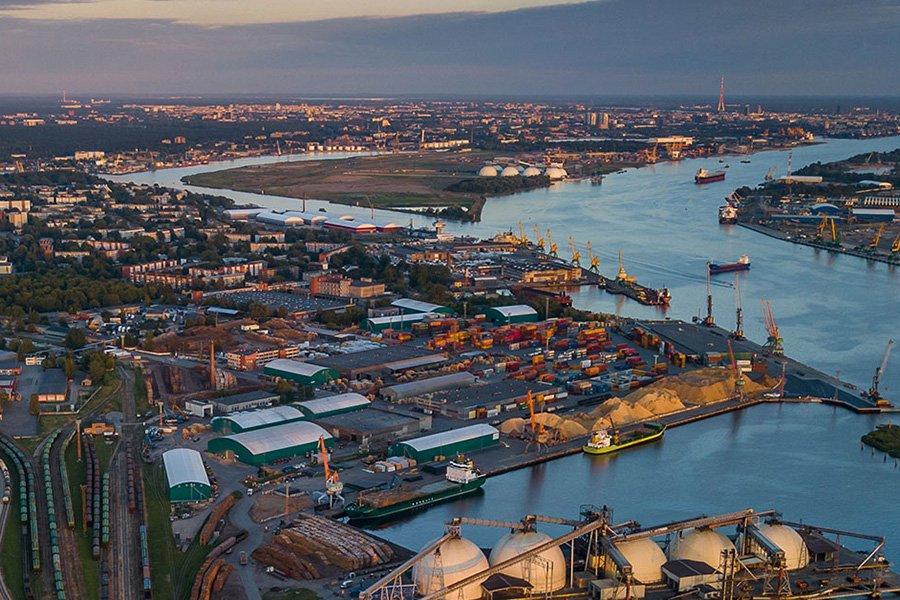 Древесина и лесные товары составляют 24% от общего оборота Рижского порта