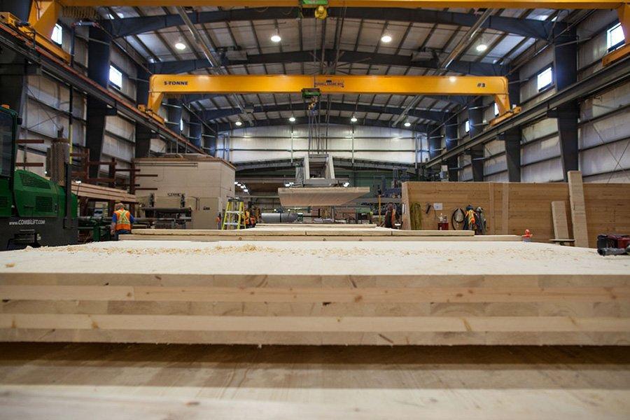 Специальная отрасль: в Британской Колумбии растет использование массивной древесины.