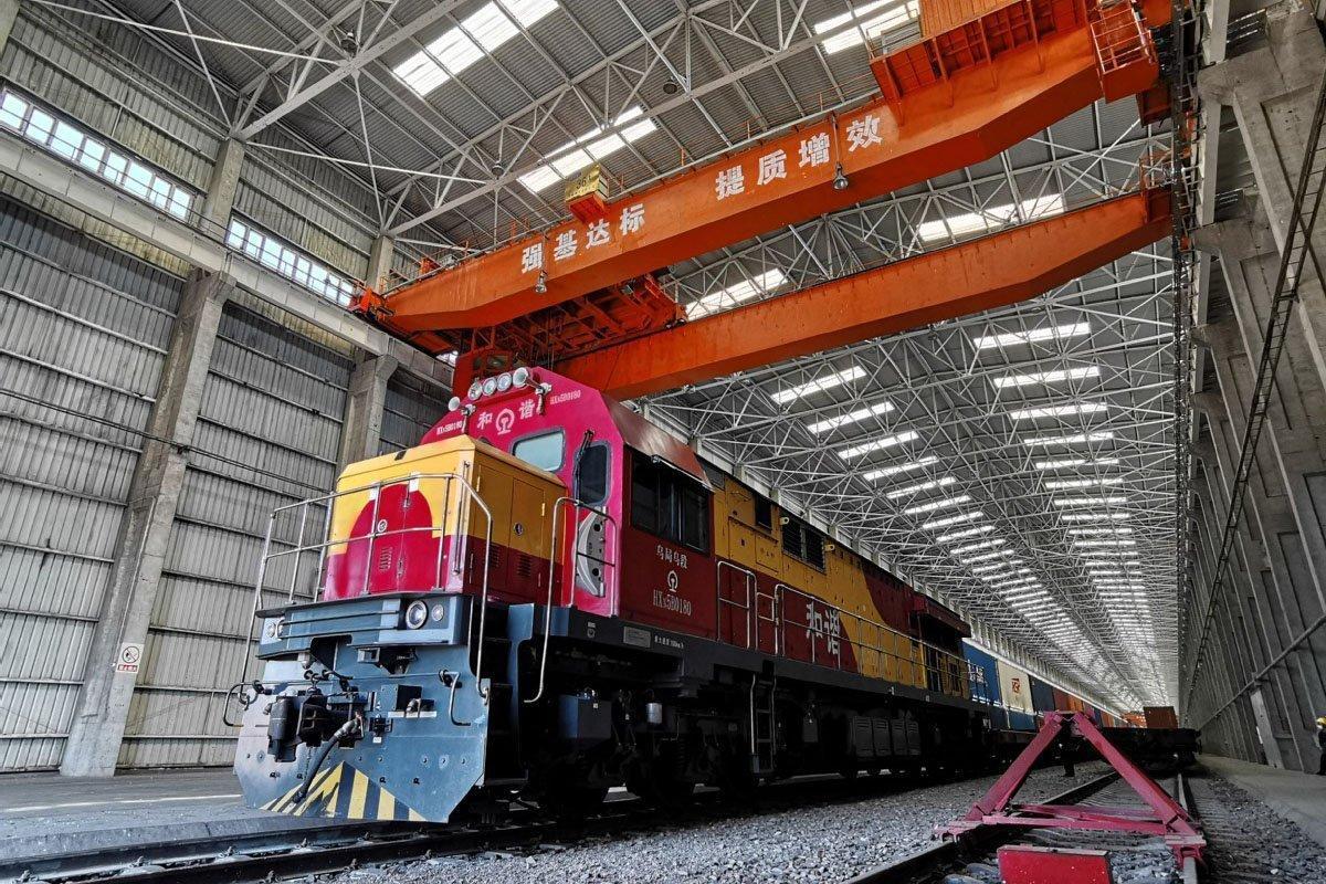 Количество грузовых поездов Китай-Европа через порт Синьцзян достигло нового максимума