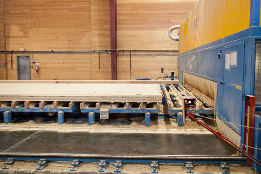 Рост спроса на массивную древесину в Британской Колумбии