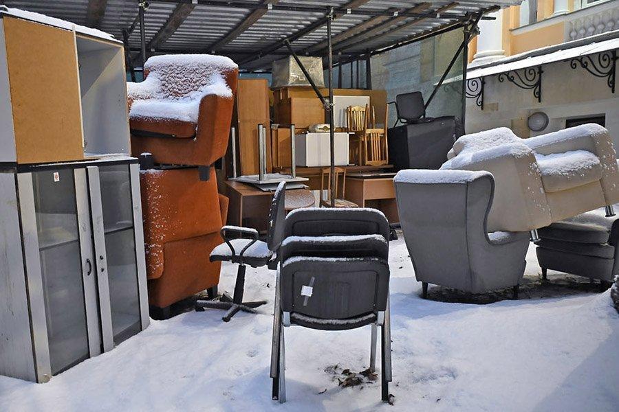 Объем теневого рынка мебели в России составил сорок миллиардов рублей
