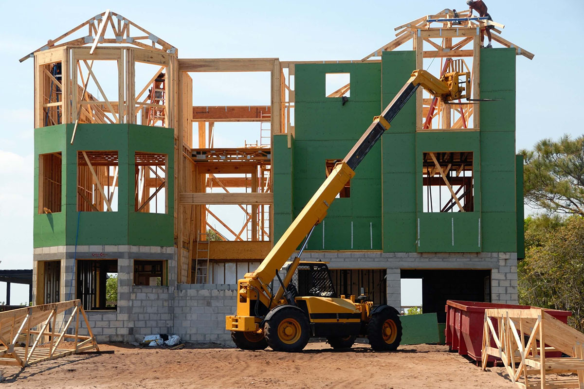 Спад жилищного строительства на фоне роста цен на древесину