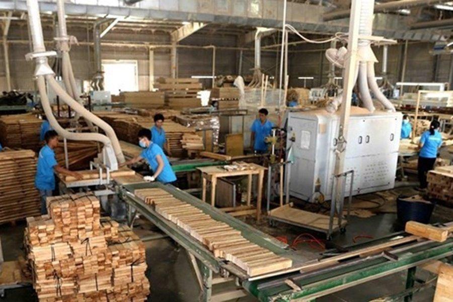 You are currently viewing Экспорт лесной продукции в первом квартале вырос на 41,5%