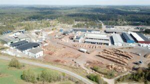 Read more about the article Södra покупает лесопилку и деревообрабатывающее предприятие, что увеличивает ценность компании в долгосрочной перспективе