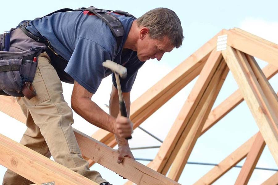 Сектор деревянного строительства изучает простои из-за нехватки пиломатериалов и OSB
