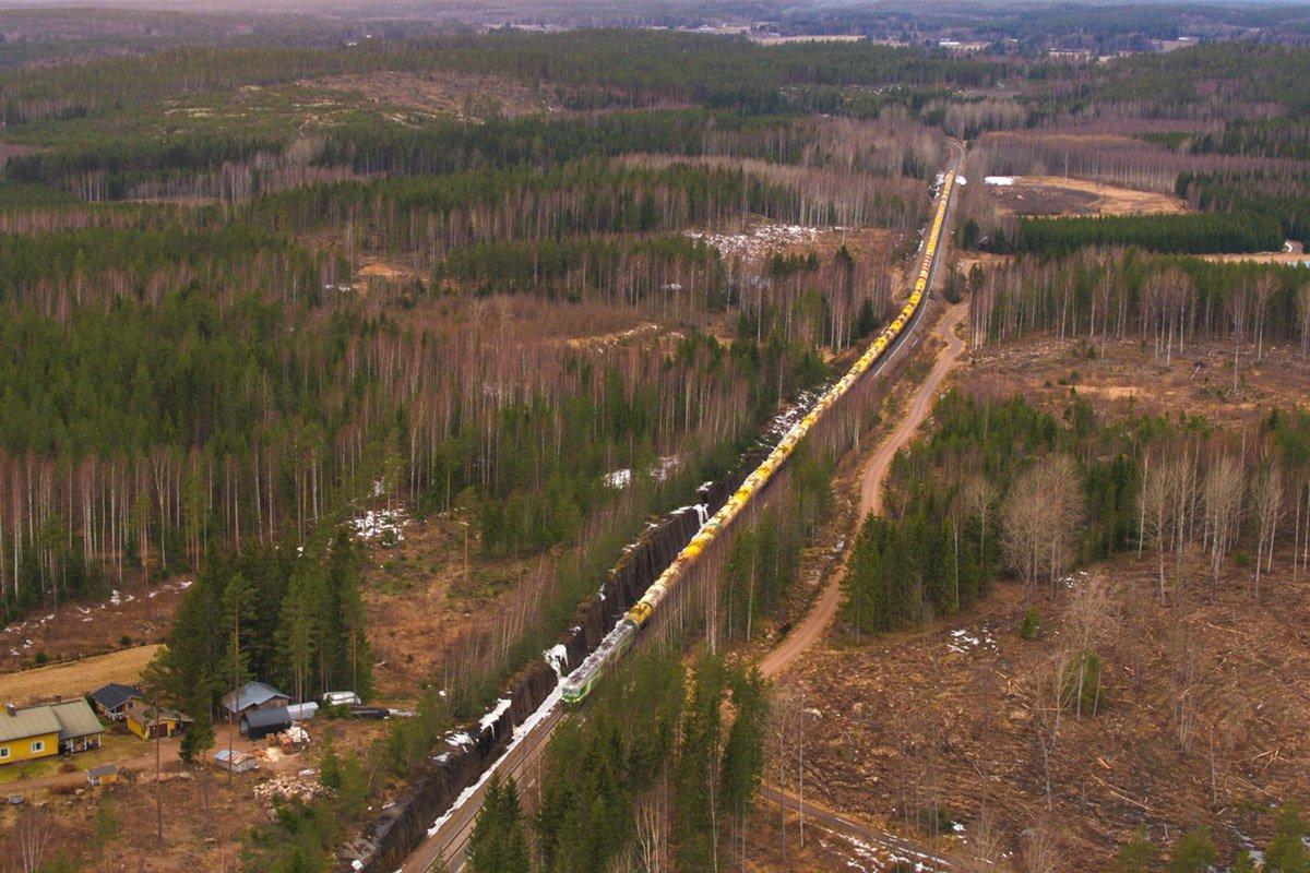 You are currently viewing В Финляндии представили новый экологичный суперпоезд Mörkö