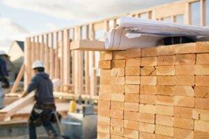 Read more about the article Подорожание пиломатериалов снижается, что снижает давление на домовладельцев